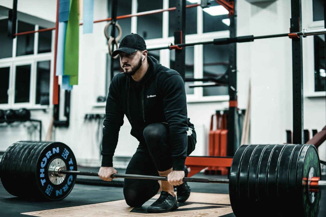 The most common mistakes when doing deadlift