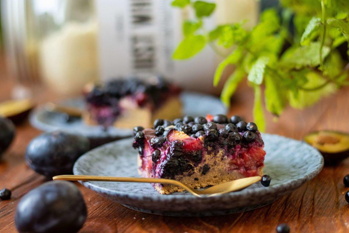 Rețetă fitness: Pandișpan pufos cu fructe