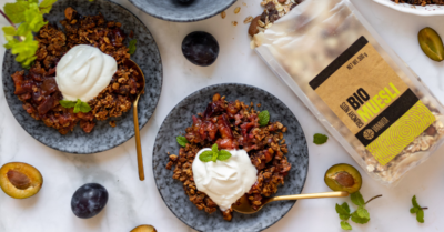 Fitness recipe: Crunchy plum crumble