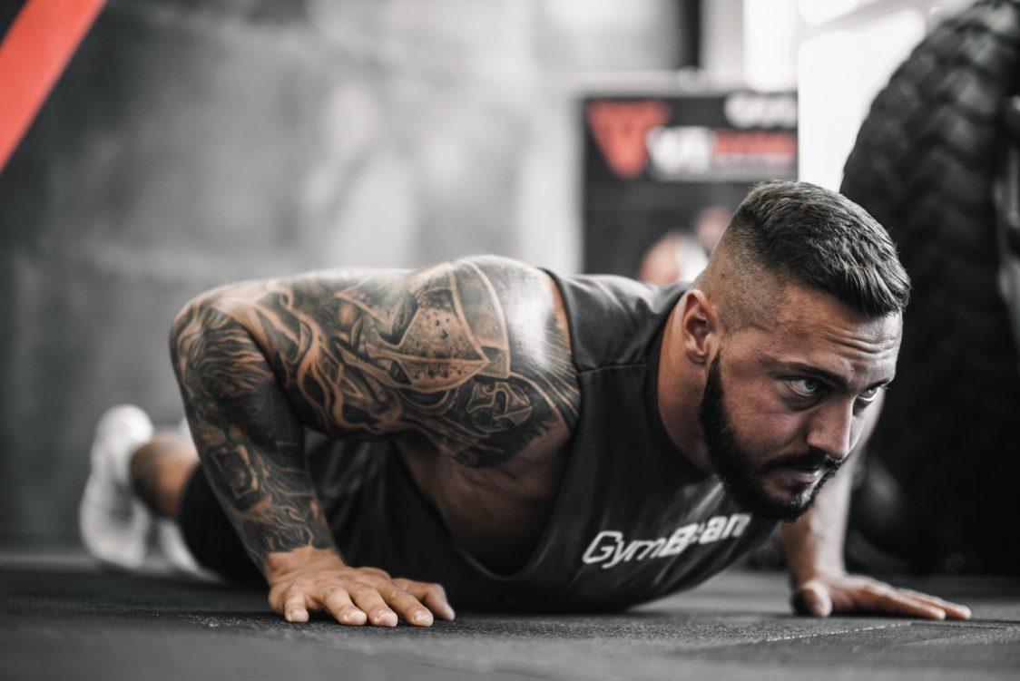 Keď prestanem cvičiť, za aký čas začnú miznúť svaly?
