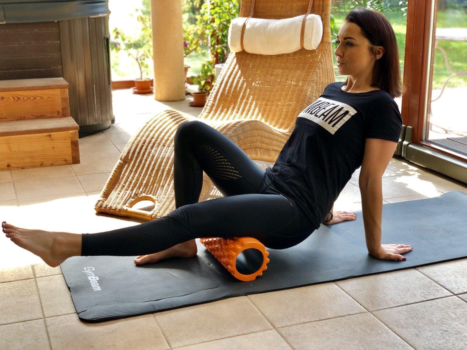 Rolă pentru exerciții care ajută la relaxarea mușchilor