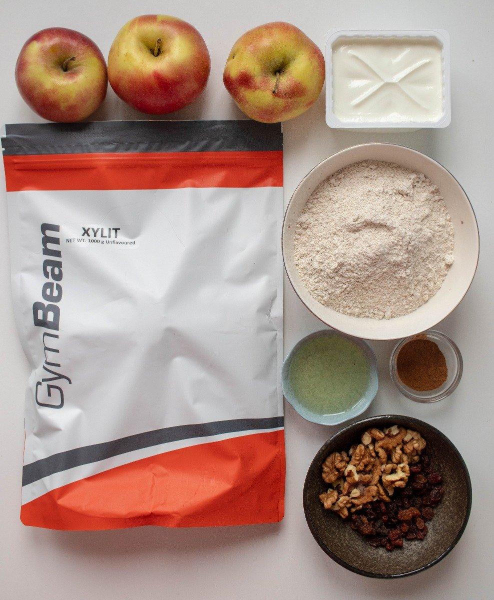 Фитнес рецепта: Лесно ябълково руло с извара, орехи и канела