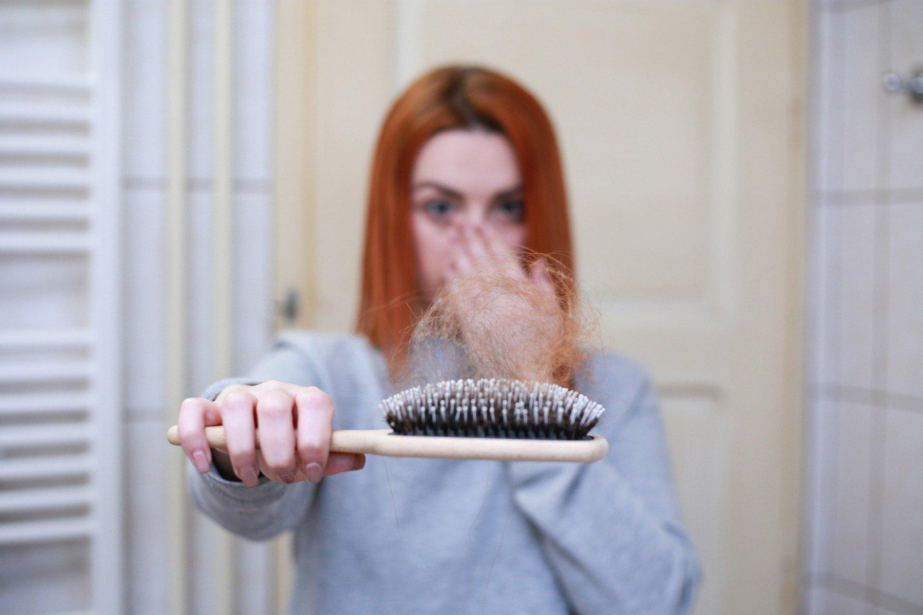 Creatina provoacă căderea părului?