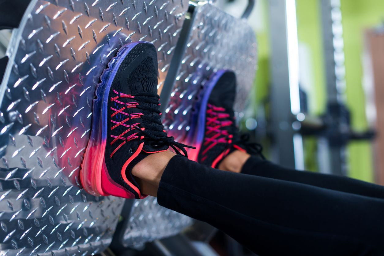 Каким должен быть отдых между повторениями, упражнениями и тренировками?