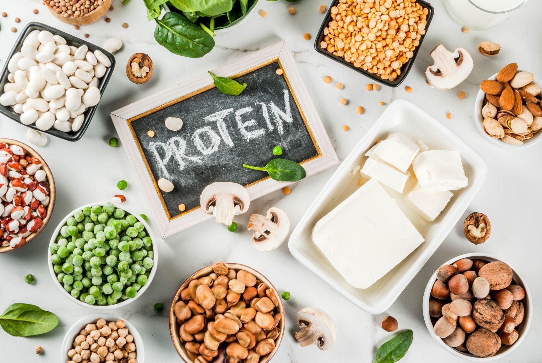 Milyen jelek kísérik a fehérjehiányt?