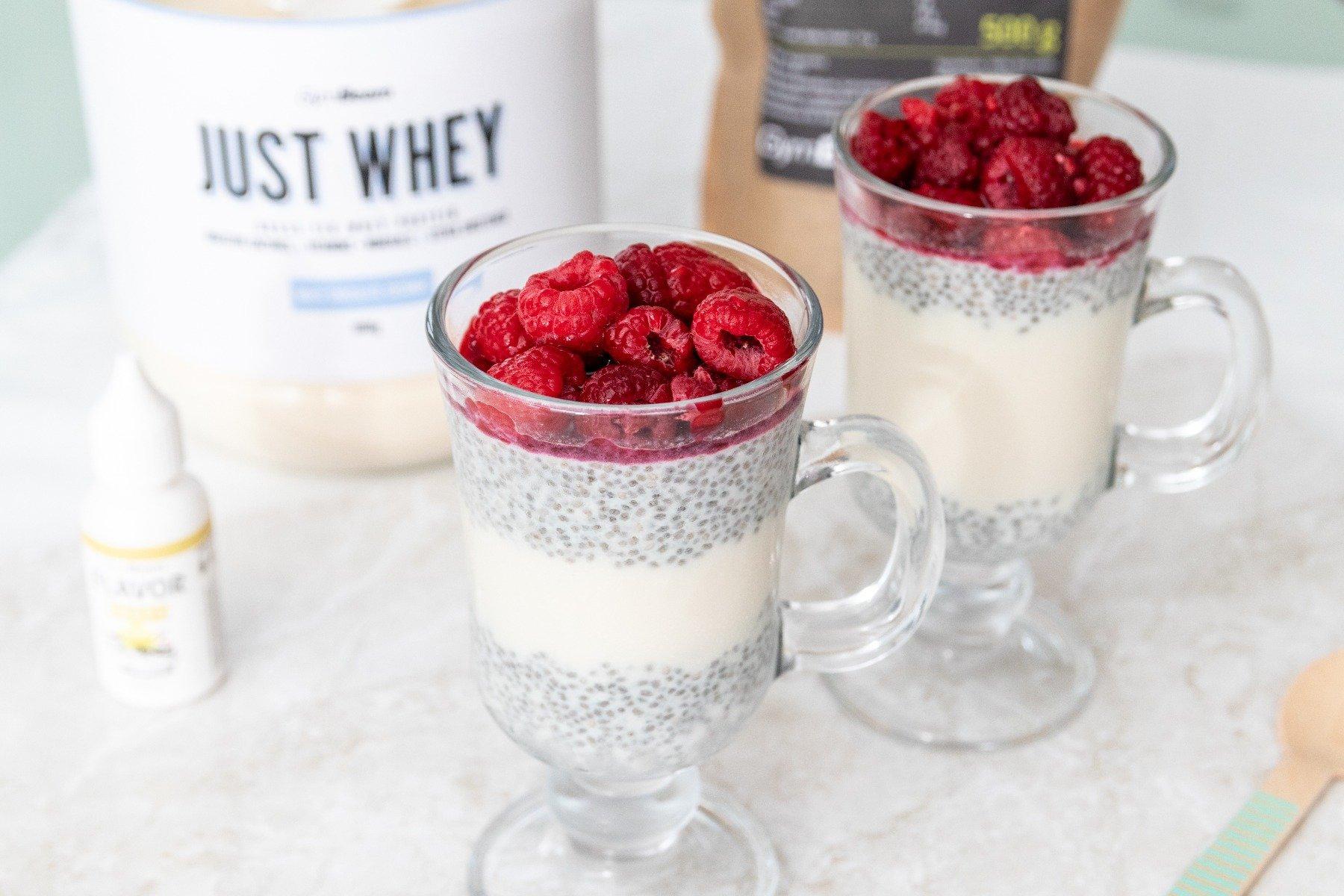 Fitness recept - Proteinový pudink s chia semínky a malinami